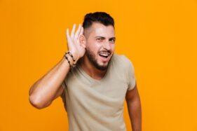 Awas! Kekurangan Vitamin B12 Bisa Picu Gangguan Pendengaran