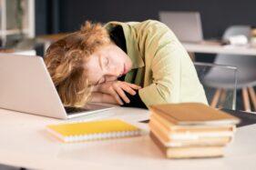 Kurang Tidur Selama Puasa? Begini Cara Mengatasinya