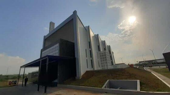 Nyaman Beribadah di Masjid Unik Rest Area Jalan Tol