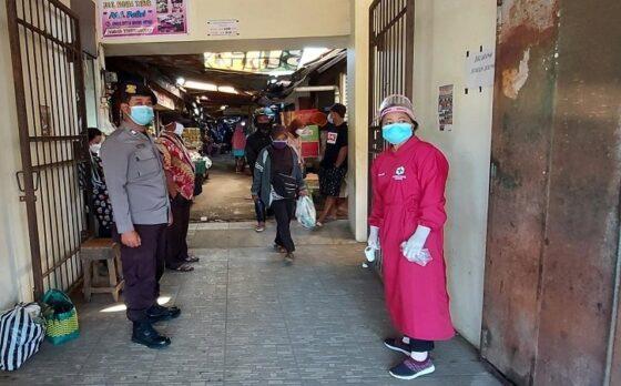 Pasar Tirtomoyo, Kecamatan Tirtomoyo, Kabupaten Wonogiri, mulai dibuka, Minggu (9/5/2021), setelah sebelumnya ditutup selama lima hari lantaran ada pedagang yang terkonfirmasi positif Covid-19. (istimewa/Kapolsek Tirtomoyo, AKP Sukarjo)