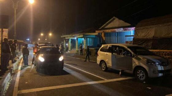 SItuasi di pos penyekatan Cemoro Kandang, Magetan, pada Kamis (6/5/2021) dini hari WIB. (detik.com)