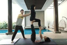 Atta-Aurel Ikut Yoga Kamasutra, Ini Efeknya untuk Kesuburan Pasutri