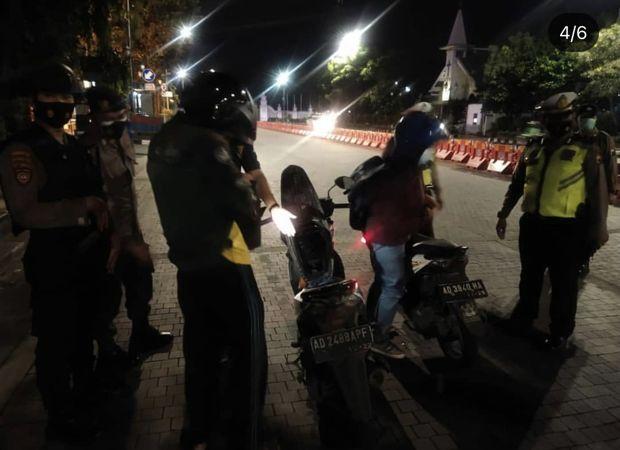 Gelisah Saat Diperiksa Polisi di Solo, 2 Pemuda Boyolali Ini Akhirnya Ketahuan Bawa Ciu