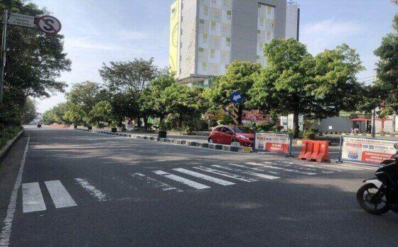 Pantauan arus lalu lintas di Solo cenderung sepi pada H2 Lebaran Jumat (14/5/2021) siang. (Solopos.com/Ichsan Kholif Rahman)