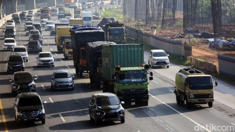 Tol Cikarang Utama Macet 4 Km, Penyekatan Larangan Mudik Dibuka