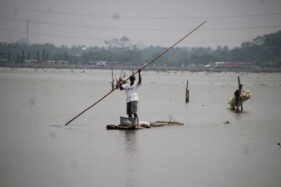 Catat Lur! Jala Ikan Dilengkapi Lampu Beraliran Listrik PLN di Rawa Jombor Klaten Bakal Ditertibkan