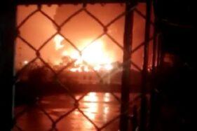 Kebakaran Tangki Kilang Pertamina Diduga Akibat Sambaran Petir