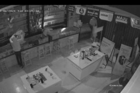 Pencurian Toko Ponsel di Madiun Terekam CCTV, Pelaku Kenakan Masker