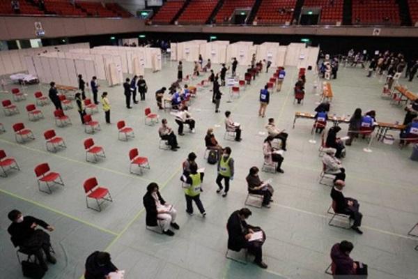 Target Vaksinasi Covid-19 di Jepang Terlampaui, Ini Kiatnya...