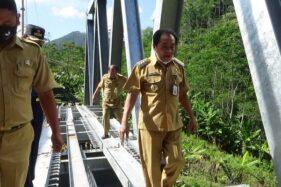 Bupati Banjarnegara Cek Pembangunan Jembatan Plipiran Akses Wisata Dieng