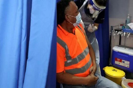 Malaysia Targetkan Vaksinasi 60% Penduduk