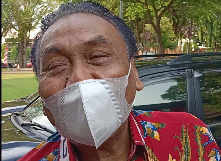 Ketua Bapilu DPP PDIP, Bambang Wuryanto diwawancara wartawan di sela kegiatan kunjungan kerja Ketua DPR RI, Puan Maharani, di Pendapi Gede Balai Kota Solo, Sabtu (12/6/2021). (Solopos.com/Kurniawan)