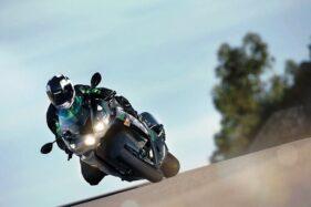 Kawasaki Siapkan Moge Rival Suzuki Hayabusa