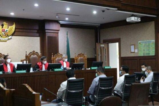 Jaksa penuntut umum (JPU) KPK menghadirkan empat saksi dalam sidang untuk terdakwa mantan Menteri Sosial Juliari Batubara di pengadilan Tindak Pidana Korupsi (Tipikor) Jakarta, Rabu (9/6/2021). (Antara)
