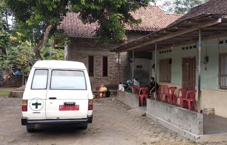 Gara-Gara Keluarga Jenazah Pasien Covid-19 Bohong, Puluhan Warga Sekampung Di-Swab