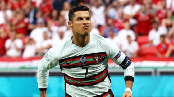 Wow! Followers Instagram Cristiano Ronaldo Tembus 300 Juta