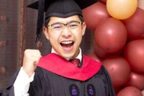 Jos Tenan! Sempat Gagal UN, Dosen Muda UGM 28 Tahun Ini Lulus Oxford dan Harvard