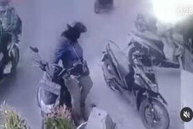 Viral Wanita Maling HP di Pasar Kliwon Solo Terekam CCTV