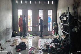 Lantai II Ruko Mainan Anak-Anak di Jalan Lawu Karanganyar Terbakar, Penyebabnya Masih Misteri