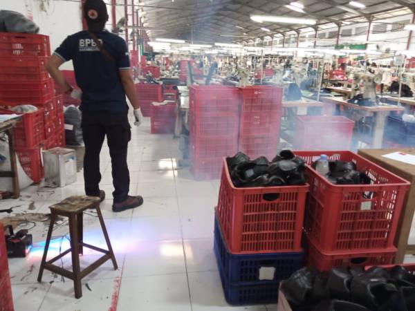 Pabrik Sepatu Jaten Karanganyar Tutup 10 Hari Karena Covid-19, Pemkab Minta Upah Karyawan Tetap Dibayar