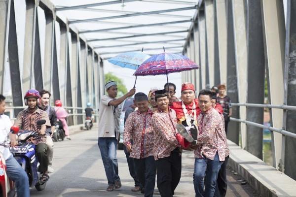 Tradisi Gendong Manten dan Buang Unggas Juga Ada di Pantura
