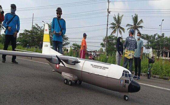 Pesawat Hercules Buatan 2 Pria Ngemplak Terbang di Boyolali