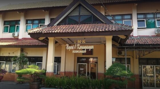 Keren! SMKN 1 Karanganyar Duduki Peringkat 5 Sekolah dengan UTBK Terbaik di Indonesia