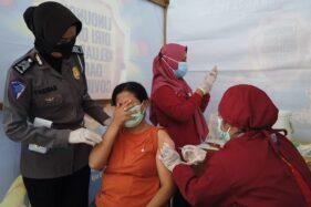 Pemohon SIM Manfaatkan Vaksinasi Covid-19 Di Satlantas Grobogan