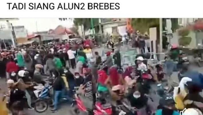 Postingan hoax demo tolak PPKM Darurat di Brebes. (Foto: Tangkapan layar akun medsos)