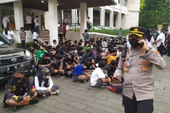 Begini Cuci Tangan Shopee Indonesia soal Demo Tolak PPKM