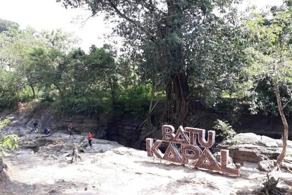 Batu Kapal Kabupaten Bantul (Sumber: Detik.com)
