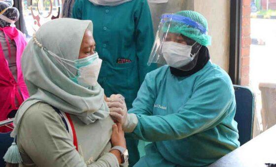 Ilustrasi vaksinasi Covid-19. (Antara)