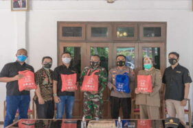 Dua Naga Corps Sukoharjo Tak Kenal Lelah Berbagi di Tengah Pandemi