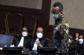 Bacakan Pleidoi, Edhy Prabowo Minta Maaf kepada Prabowo Subianto dan Jokowi