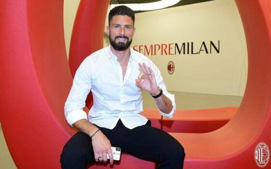Olivier Giroud resmi jadi pemain AC Milan. (Twitter/@acmilan)