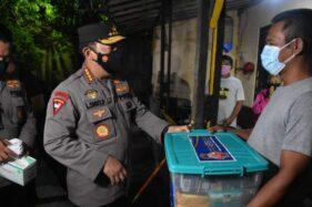 Berbahasa Jawa Krama, Kapolri Jagongan dengan Para Penjual Angkringan Di Solo