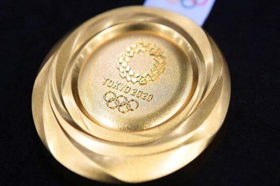 Medali emas Olimpiade Tokyo 2020. (Detikcom)