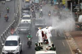Waduh, Pakar Asal AS ini Sebut Penyemprotan Disinfektan di Indonesia Salah Kaprah dan Buang-Buang Uang