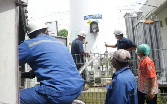 PT PLN (Persero) menyalurkan bantuan berupa 11,9 ton oksigen ke empat rumah sakit di Jawa Tengah dan Daerah Istimewa Yogyakarta (DIY) pada Rabu, (14/7/2021).(Istimewa)