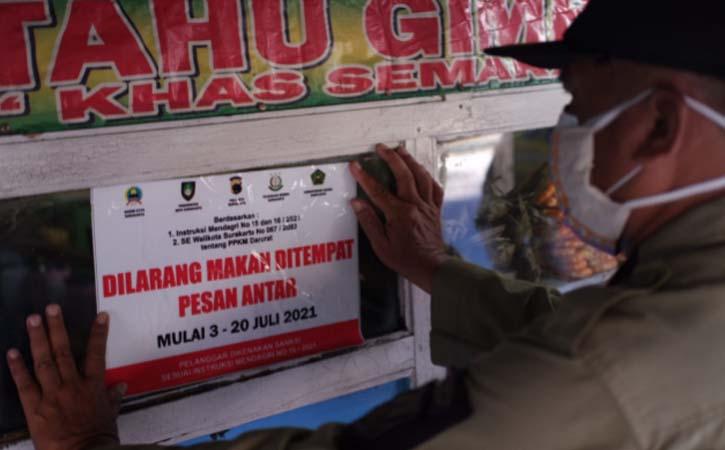 Tim Gabungan Dapati Pedagang Selter Manahan Solo Masih Layani Makan di Tempat