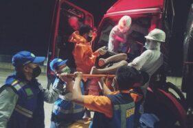 Sopir Truk Bermuatan Susu Meninggal Mendadak di Jalan Tol Sragen