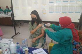Vaksinasi di SMAN 1 Purwodadi, Pelajar Ingin Segera Belajar di Sekolah