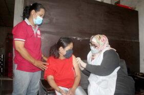 Bupati Sragen Turun Tangan Bantu Nakes Vaksin Door to Door di 3 Desa