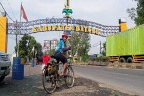 Cerita Seru Huda Jabrik, Bakul Bakso Wonogiri Gowes dari Tangerang ke Kampung Halaman