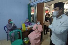 Vaksinasi Digelar di Desa Menjing Karanganyar, Sasar 300 Warga
