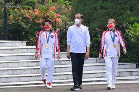 Presiden Serahkan Bonus Atlet Peraih Medali Olimpiade Tokyo 2020