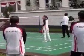 Saat Jokowi/Greysia Vs Anthony/Apriyani Hibur Kontingen Indonesia di Istana Bogor