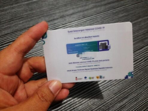 Bupati Sukoharjo: Kartu Vaksin seperti KTP, ke Mana pun Wajib Dibawa