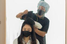 Stres Akibat Pandemi? Kamu Bisa Nikmati Perawatan Self-Care dengan 'Salon di Rumah' Berikut Ini!