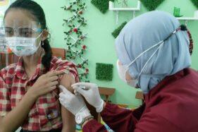 Senin PTM, Seribuan Siswa SD di Kota Madiun Ikuti Vaksinasi